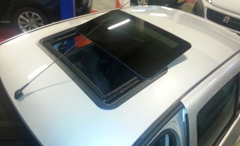 dacia sandero stepway met open dak sunroof bij ace automotive. Black Bedroom Furniture Sets. Home Design Ideas